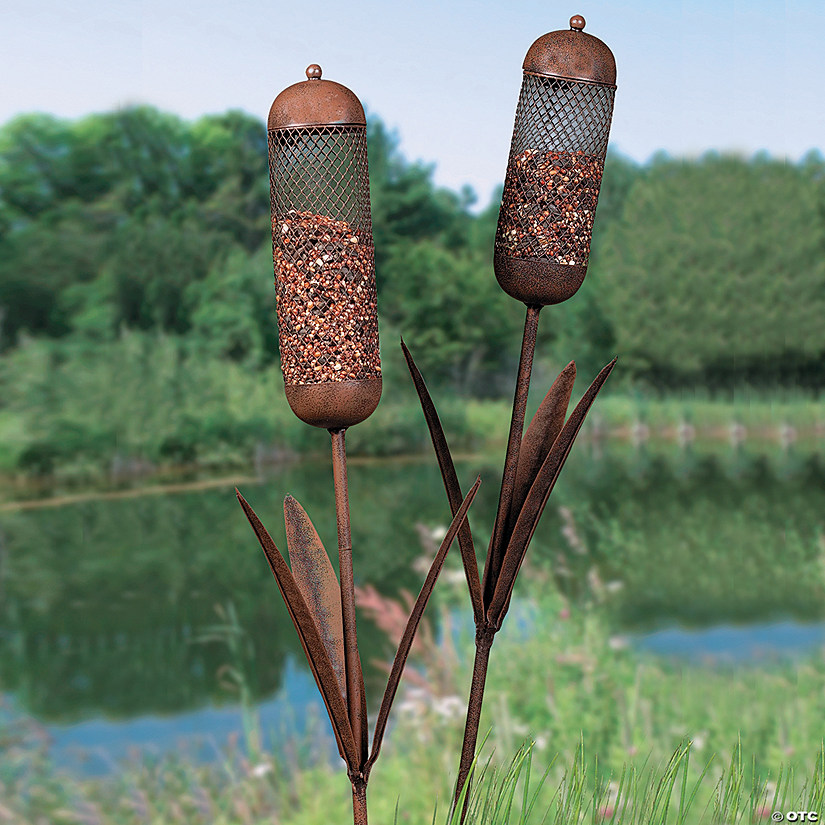 Cattail-Shaped Bird Feeder Yard Stakes