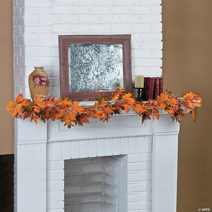 Glitter Maple Leaf Garland Image Thumbnail