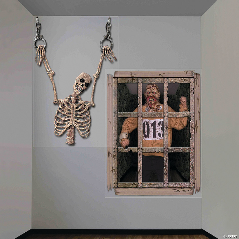 Gruesome Wall Halloween Décor
