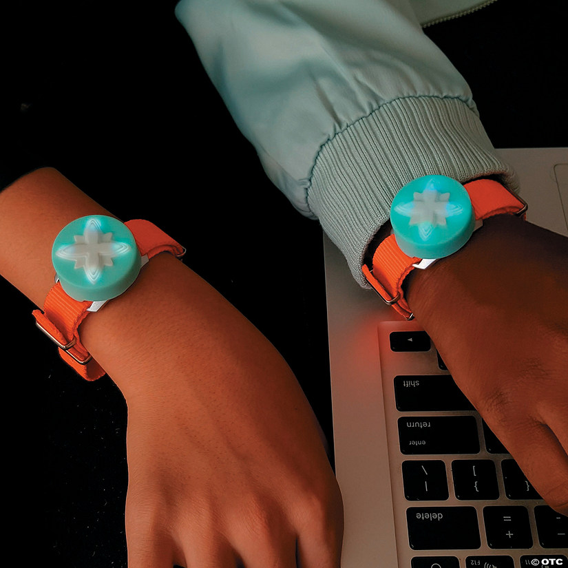 Jewelbots Electronic Friendship Bracelet Image Thumbnail