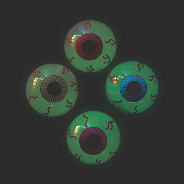 12 HALLOWEEN Party Favors Prize Pinata Glow In The Dark STICKY EYES Eyeballs