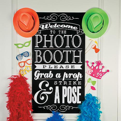 DIY Photo Booth Supplies & Backdrops