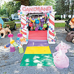 Candy Land® Trunk-or-Treat Decorating Kit