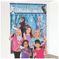 Disney's Frozen II Scene Setter with Photo Stick Props