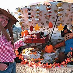 Fall Trunk or Treat Car Decorations Idea