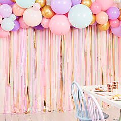 Ginger Ray Pastel & Gold Crepe Paper Streamer Backdrop with Latex Balloons