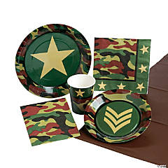 Military Camouflage Tableware Kit for 8 Guests