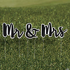 Mr. & Mrs. Yard Sign Set