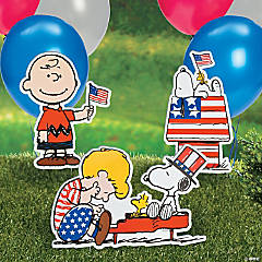 Peanuts® Patriotic Yard Signs