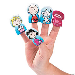 Peanuts® Valentine Finger Puppets
