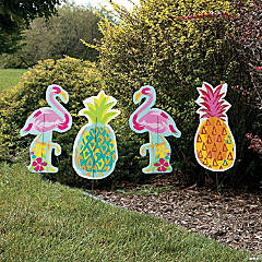 Pineapple & Flamingo Yard Stakes