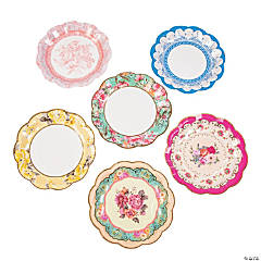 Truly Scrumptious Scalloped Paper Dessert Plates - 12 Ct.