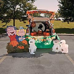Trunk-or-Treat Peanuts® The Great Pumpkin Décor Idea