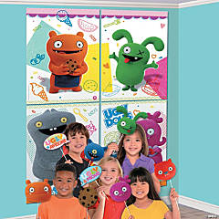 UglyDolls Backdrop Banner Set with Photo Stick Props