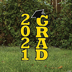 Yellow 2021 Grad Yard Signs