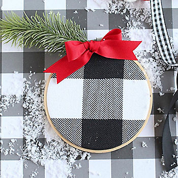 DIY Black & White Christmas Ornaments